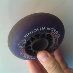 Labeda violettes - 84mm - 84A - jeux de 10 - déglacée  offre roues